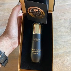 D'OR24K Black Truffle & Black Pearl Serum 1.35floz